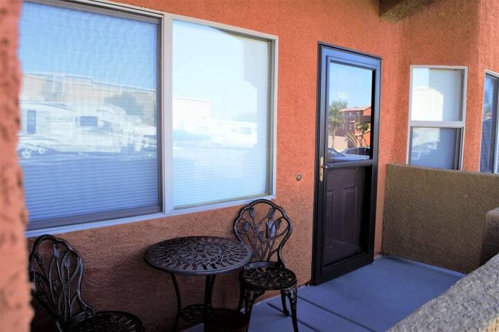 *NO GUEST SERVICE FEE* 2 Bedroom condo in Mesquite #507