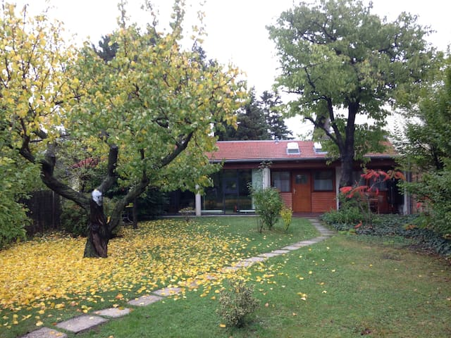 Bungalow & Garten 10km zur City - Hennersdorf bei Wien