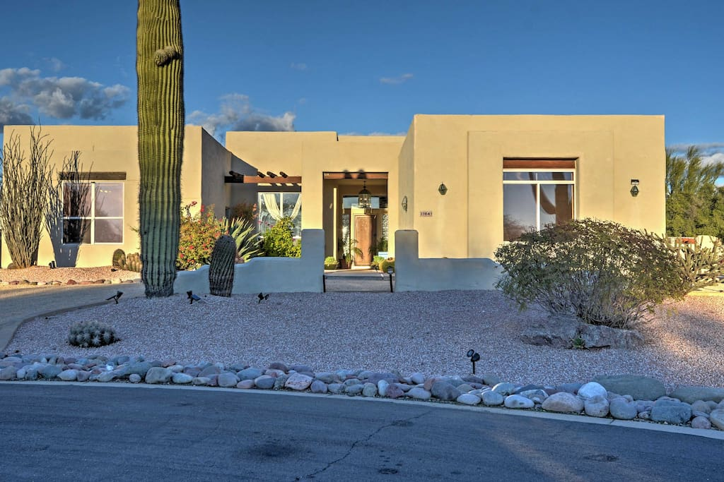 This lovely North Scottsdale home has everything you need for a top-notch stay!