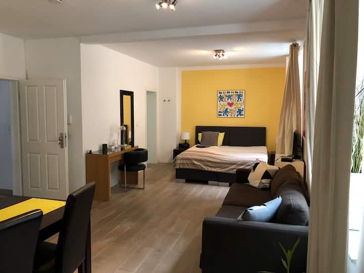 Privates Appartement - Oppau - im Grünen