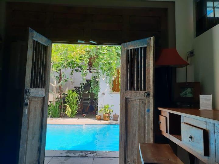Nextdoor homestay Pool room