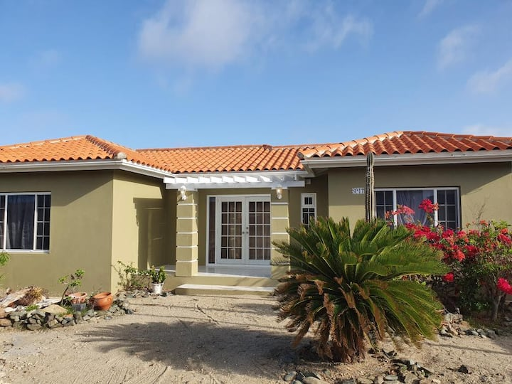 Fanatastic Aruba Vacation Home, Minutes From Beach
