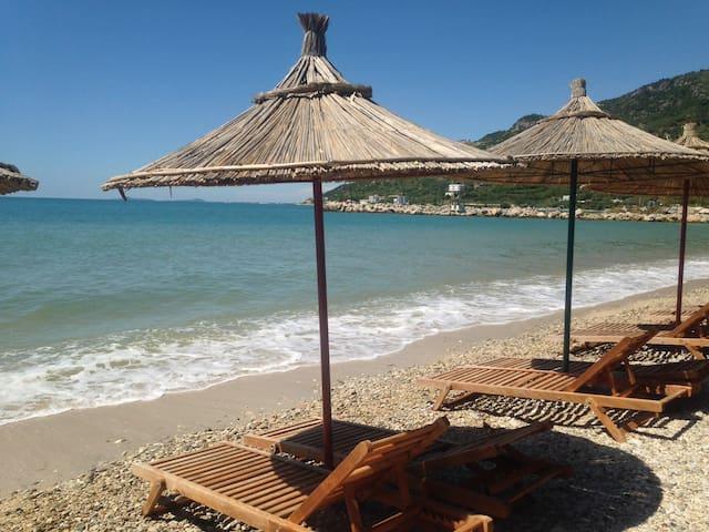 Studio in Radhima with private beach - Vlorë - Departamento