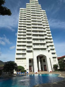 Waterfront 1 bedroom Seaview Suites- B - Karon - Pis