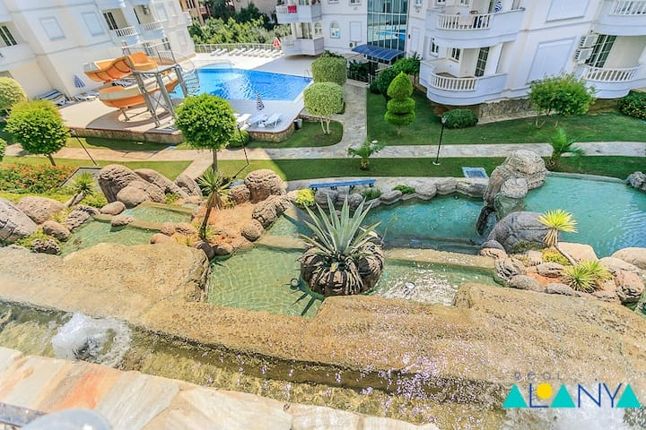 Two-bedroom apartment in Alanya Waterfall Resort