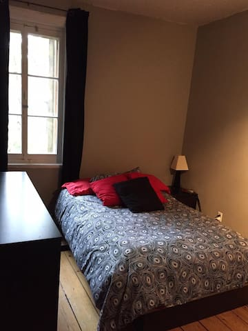 Fully furnished aprtm in Old Quebec, best location