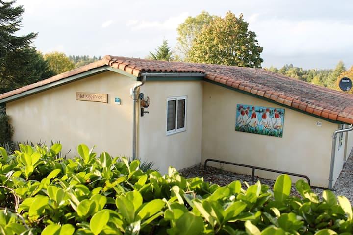 """""""Le Poulailler"""" une maison le  Chien gratuit"""