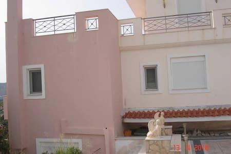 Μονοκατοικία Στην Ανάβυσσο - Βόντα - Anavyssos - Pis