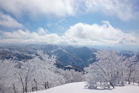 B&B Nozawa Dream in Nozawa! room #2 - Bed & Breakfast