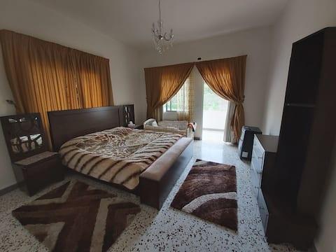 Spacious apartment in quiet abra village