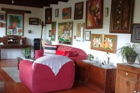 BEAUTIFUL HOUSE SURROUNDED BY NATURE - Coatepec - Lodge immerso nella natura