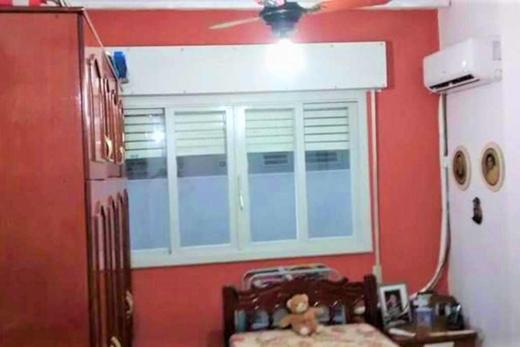 Apartamento com ar condicionado split