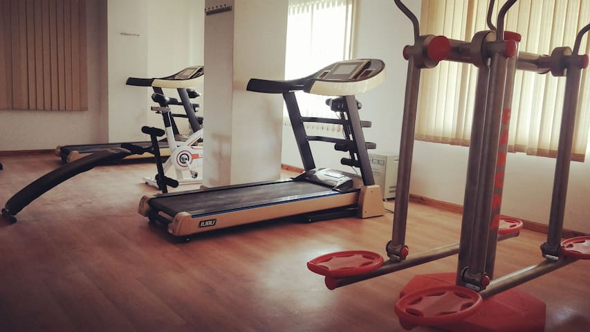 Stay at Casa and stay fit the same time