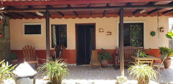 Cozy bite sized cabin in Diriamba