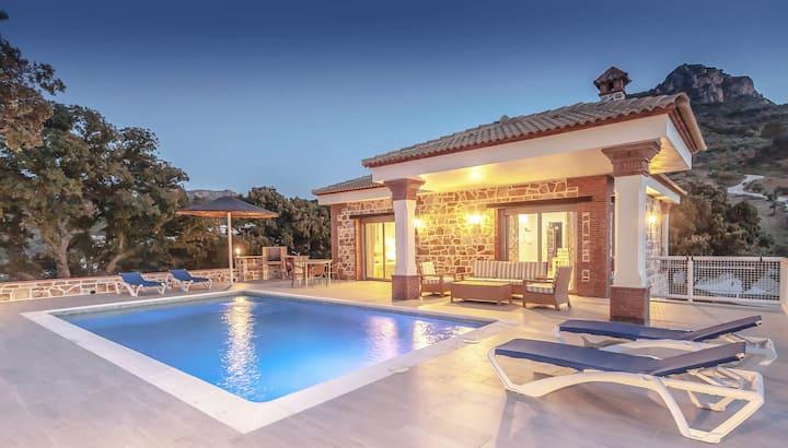 Villa Doña Juana, en plena naturaleza, tú ganas.