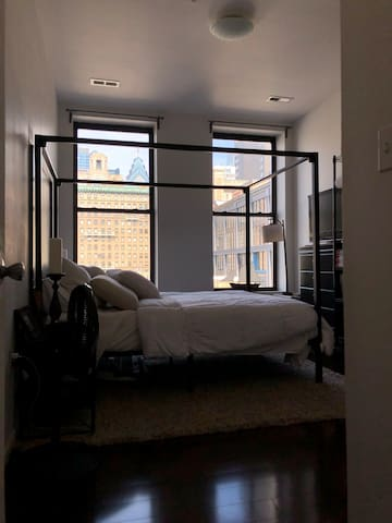 Center City 1 bd- close to all Philly has to offer