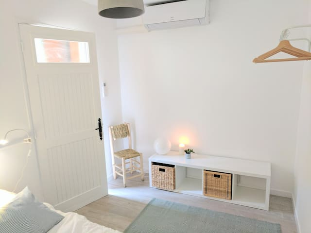 Room 4- Studio