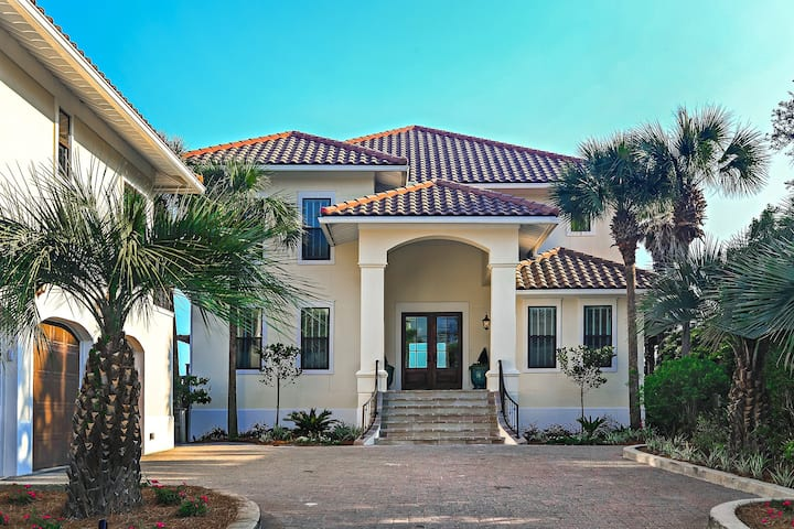 Private Beach Access! 4525 W Co Hwy 30A by Royal Destinations - Gulf Front