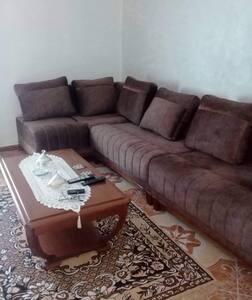 Agréable appartement à Bejaïa Centre Cité Soumari