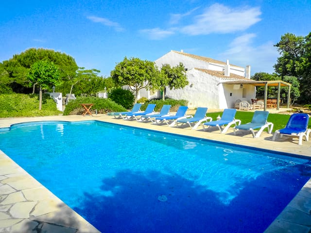 Catalunya Casas: Villa Bunia up to 10 guests, with private secluded pool and just 10km to the beach!