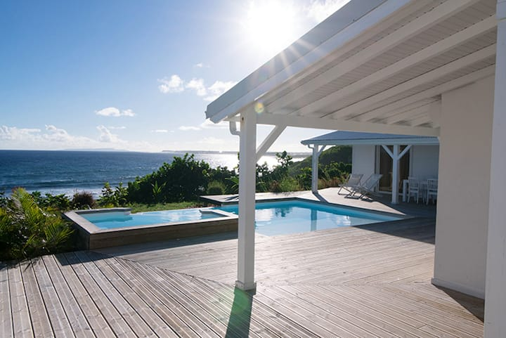 Villa with 4 bedrooms in Le Moule, with wonderful sea view, private pool, enclosed garden - 200 m from the beach