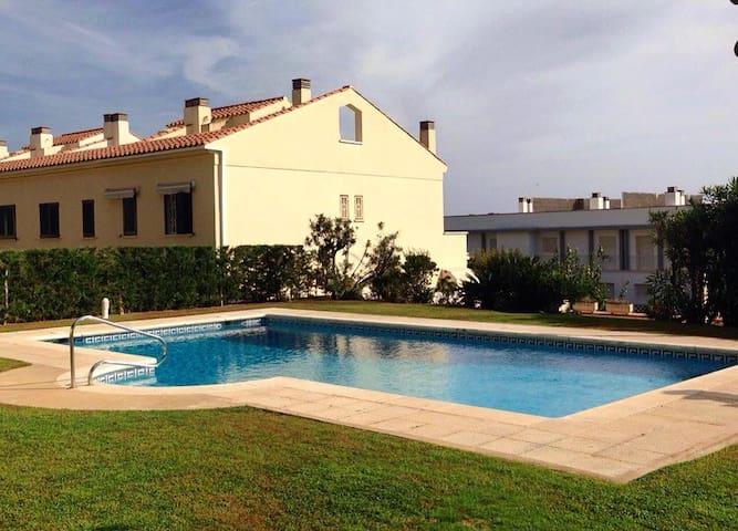 Villa in Sagaró 2min walk. beach - Sant Feliu de Guíxols - House