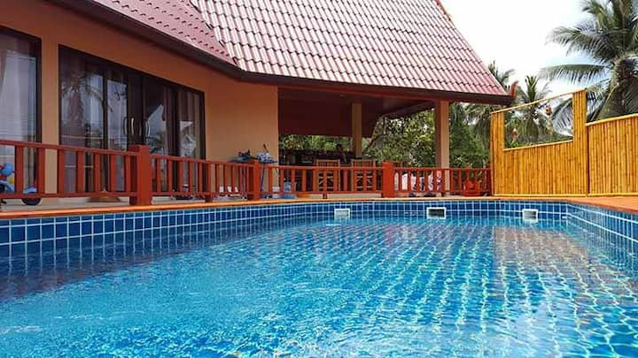 Villa 3 rooms AC and swimming pool
