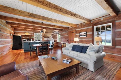 Cozy Meadowbrook Cabin on 140 acres