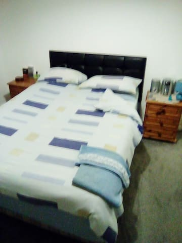 Large double bedroom available for rent in semi