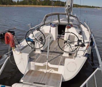 Island Paradise - Båt