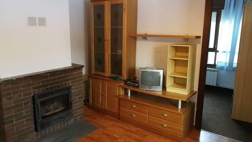 Acogedor apartamento en San Isidro Estac. de esquí