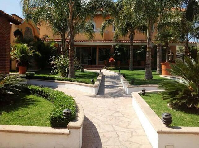 Quinta Tres Reynas Tesistan Jalisco - Lomas de Tesistán - Dům
