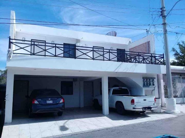 """Departamento 4 con terraza """"quelonios house"""""""