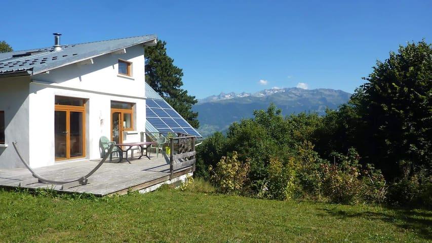 Grande maison en Charteuse - Saint-Bernard