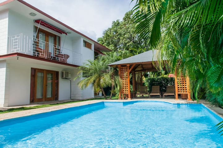 RHPLOF74 5BR Casa de Ana with Pool