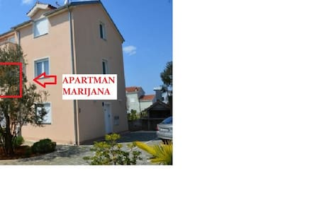 One Bed Room Apartment Marijana - Biograd na Moru