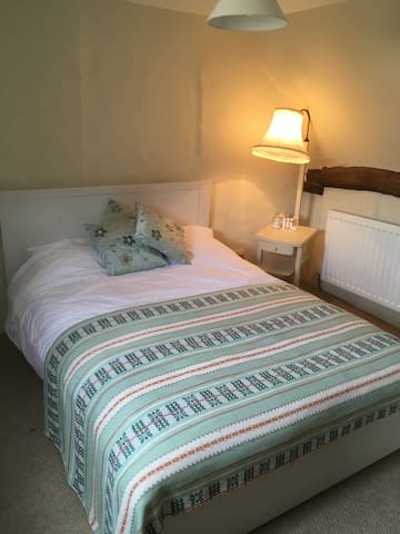 Beautiful DBL with private shower - Wickham Market - House