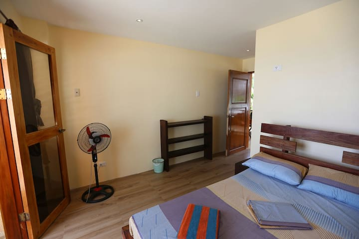 Siquijor San Juan room whit view - San Juan - Guesthouse