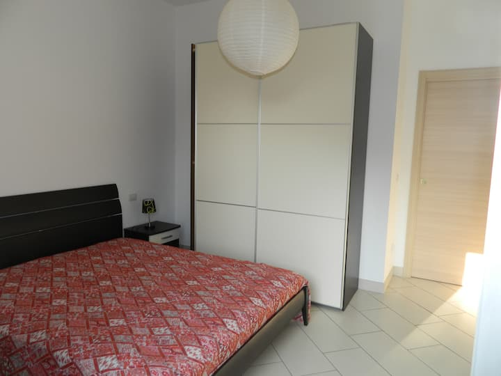 Two-bedroom apartment near the sea