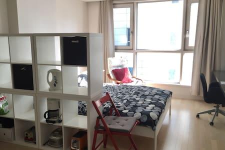 Bundang Modern flat(near Seoul) - Bundang-gu, Seongnam-si - Apartment
