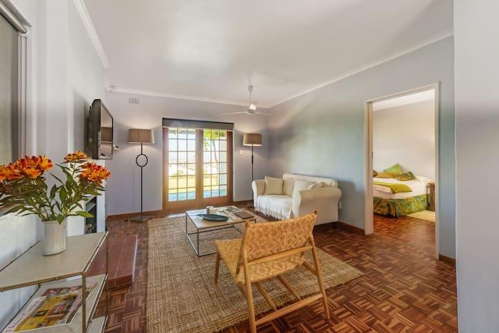 Rainbow Cottage, Saxenburg Estate