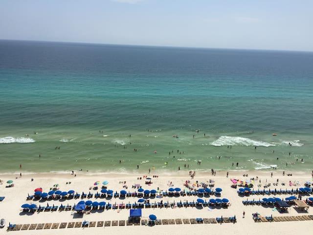 3BR Beach Front Condo - 1506E - Amazing Gulf View!