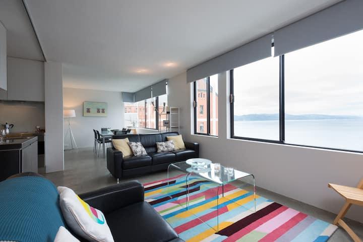 Oriental Terrace apartment