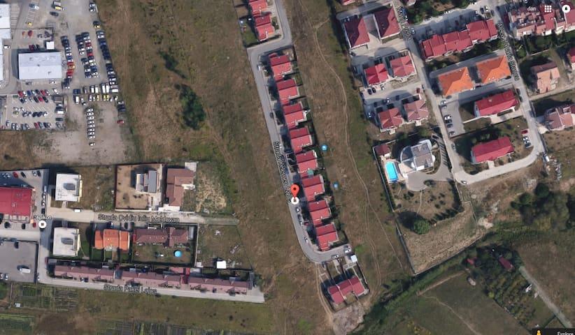 Duplex on Feleacu Hill's coast - Cluj-Napoca - Casa