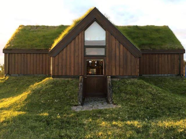 Hekluhestar guesthouse Austvaðsholti