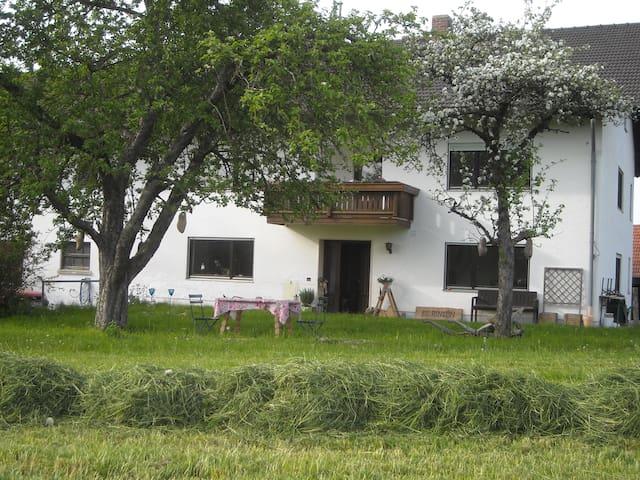 Erholung Pur in mitten der Natur - Isen - บ้าน