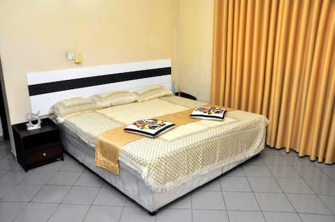 Cheap Holiday Home Rooms  Negombo - Wattala Beach