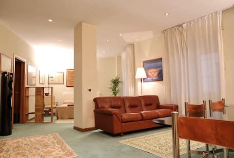 Verona Luxury - Double Bed + Bathroom