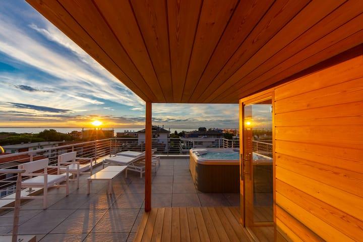 Soleis Sea View Spa Apartment