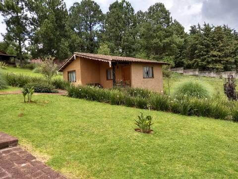 Bonita Cabaña Cerca al Lago de Zirahuén-5